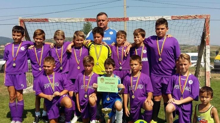 Fotbal juniori. Echipa Juniorul Satu Mare a câștigat Cupa Talna Orașu Nou