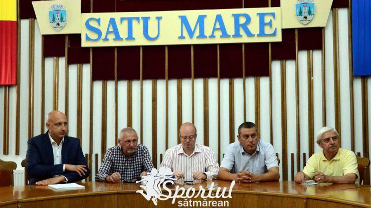 La vremuri noi, tot ei... Primarul Kereskenyi i-a prelungit lui Fogel mandatul de președinte la CSM Satu Mare