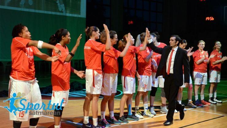 Baschet | Prezentare de gală pentru baschetbalistele de la CSM Satu Mare