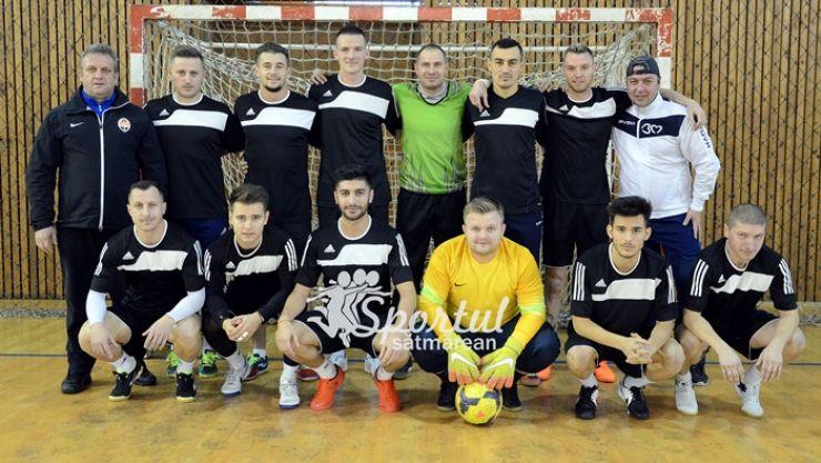 Fotbal în sală   Jucătorii Olimpiei au câștigat prima ediție a Cupei Minerul