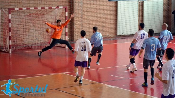 Handbal. Victorie la pas pentru handbaliștii sătmăreni