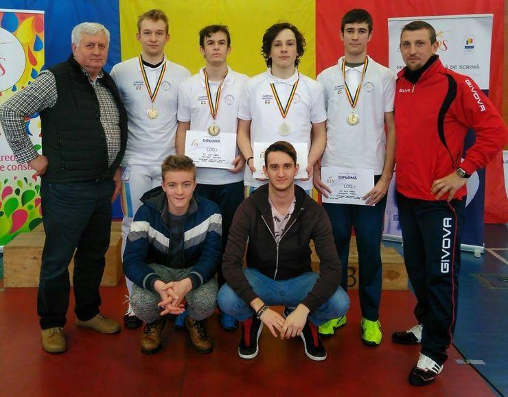 CS Satu Mare a câștigat Campionatul Național de spadă juniori - proba masculină pe echipe