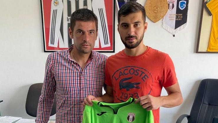 Liga 2 | Sătmăreanul Sebastian Moroz a semnat cu o fostă campioană a României