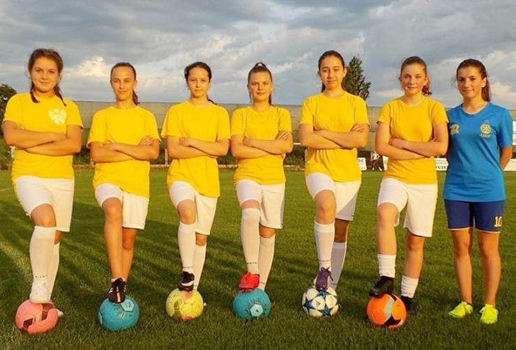 Șase fotbaliste din Carei participă la o acțiune de selecție pentru echipa națională