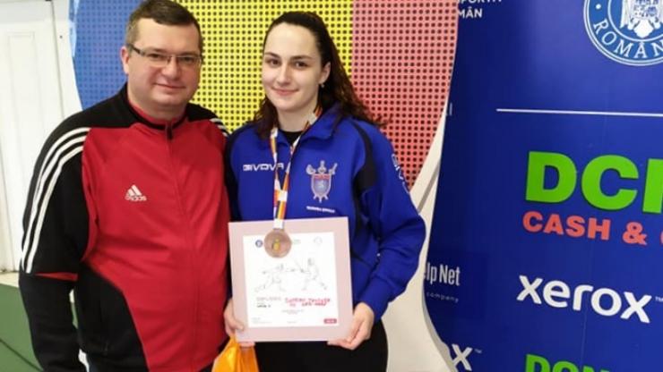 Floretă | Teodora Șofran a câștigat medalia de bronz la Naționalele de floretă - juniori