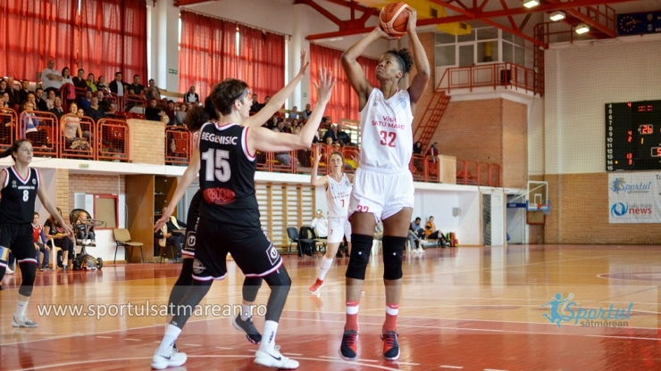 Baschet | CSM Satu Mare a învins Universitatea Cluj în primul meci al play-off-ului