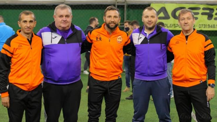 Juniori | Trei antrenori sătmăreni au participat la cursul organizat de Academia Răzvan Raț