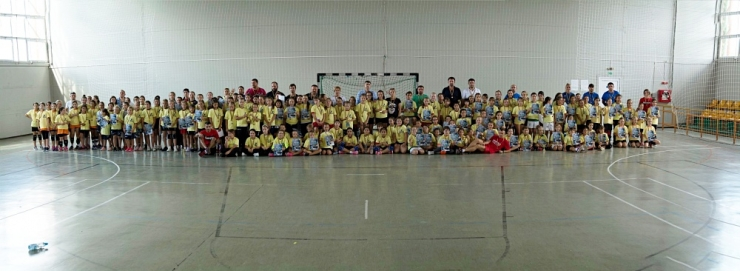 Handbal | 20 echipe au participat la turneul de minihandbal - fete al Memorialului Mircea Dohan