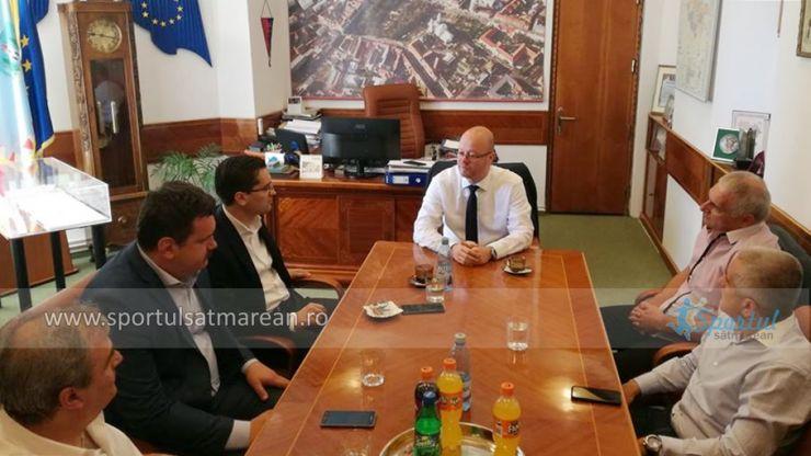 """Răzvan Burleanu: """"Noi ne dorim ca în anul 2021 să venim la Satu Mare și să celebrăm prezența echipei de fotbal în Liga 2"""""""