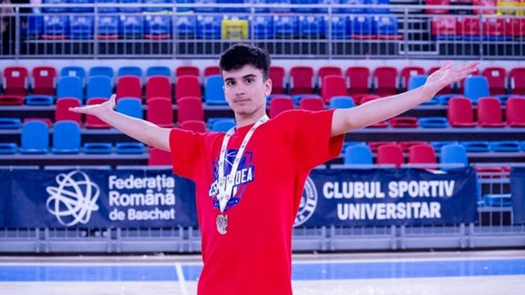 Baschet U18 | Luca Năstruț, vicecampion național cu LPS Bihorul CSM Oradea