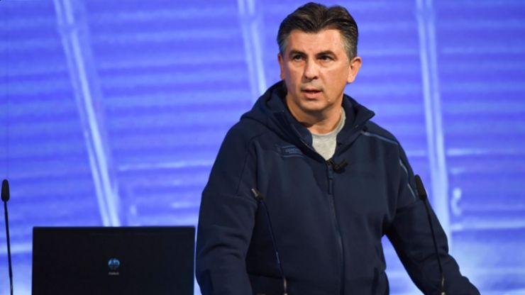 Ionuţ Lupescu şi-a anunţat candidatura la şefia FRF