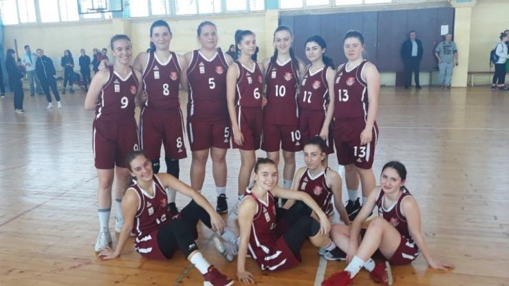 Baschet U18 | Fetele de la LPS Satu Mare au încheiat sezonul cu două victorii și s-au calificat la turneul final