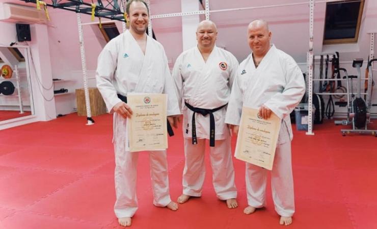 Karateka sătmăreni au trecut examenul pentru centura neagră cu 1, 2 și 4 dani