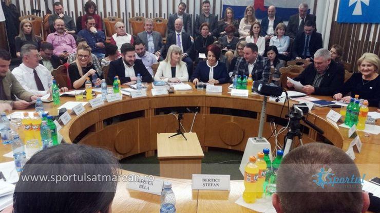 """Președintele CSM, Vasile Fogel, luat peste picior: """"Poate și bunica putea să conducă mai bine, mai transparent"""""""