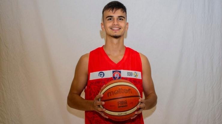 Baschet | Luca Năstruț va participa cu U-BT Cluj-Napoca la Adidas Next Generation Tournament