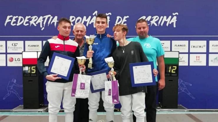 Scrimă | Sătmărenii au dominat Cupa României la floretă cadeți. Aur, argint și bronz pentru sportivii de la CS Satu Mare