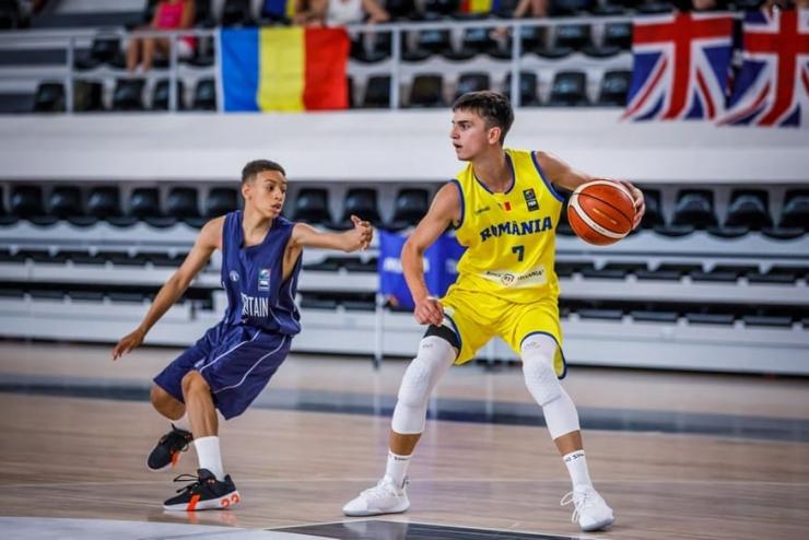 România, cu Luca Năstruț în componență, s-a calificat în sferturile de finală ale Campionatului European U16