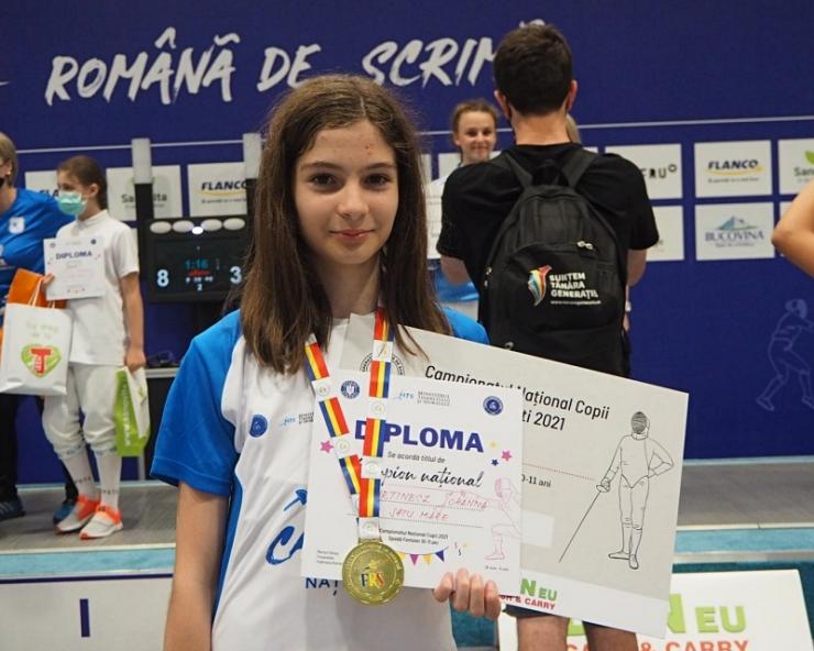 Spadă | Sătmăreanca Johanna Kurtinecz a câștigat titlul național la categoria 10-11 ani