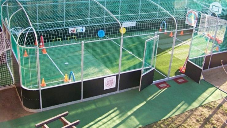 Patru comune din Satu Mare vor avea teren de sport multifuncţional destinat copiilor din grădiniţe