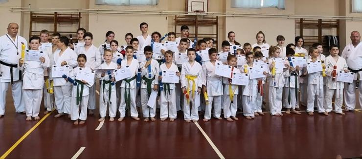 Karate | Cerneșteanu Alexia și Moldovan Alesia, performerele echipei Samuraiul, la examenul de centură